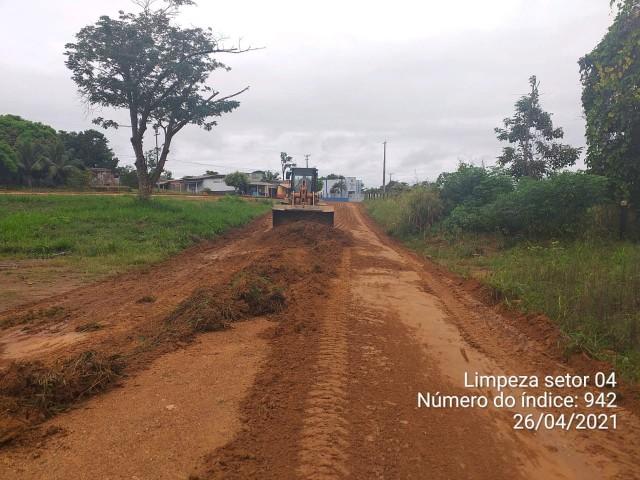 PREFEITURA MUNICIPAL DE MONTE NEGRO REALIZA MUTIRÃO DE LIMPEZA NO SETOR 04.
